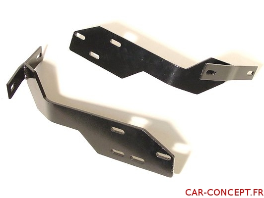 Ferrures pour montage d'un pare-choc de 1200 sur 1300 AR (la paire)