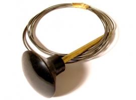 Câble de capot avant ->68